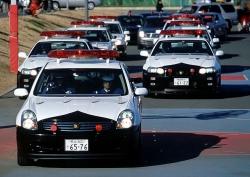 japan-police-car-nissan-skyline-gtr-3