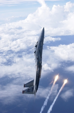 f-15_vertical_deploy-2