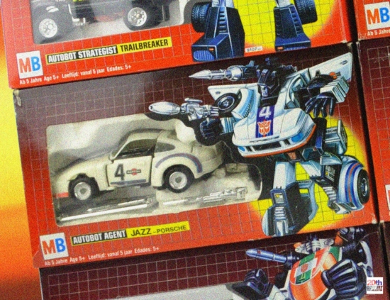 mb-autobot-cars-wall-jazz