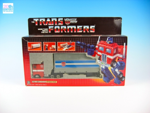 hasbro-europe-optimus-prime-in-box