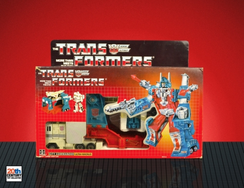 ultra-magnus-eu-box-front-flattened-4-3