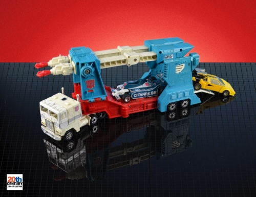 ultra-magnus-vehicle-mode-with-mirage-and-mb-sunswipe-4-3